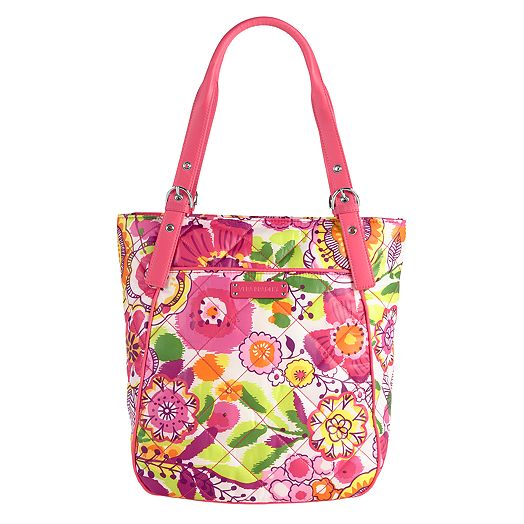When you're searching for ladylike accessories from Vera Bradley, look no further than admin-gh.ga for a classic collection of printed perfection. Take note of our unique Vera Bradley bags made of quilted cotton, and uncover a design that speaks to your personal style. In the mood to jet set? Pack up.