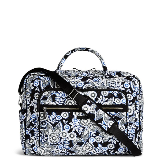 Image Of Iconic Grand Weekender Travel Bag In Snow Lotus