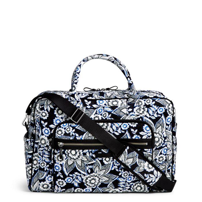 Image Of Iconic Weekender Travel Bag In Snow Lotus