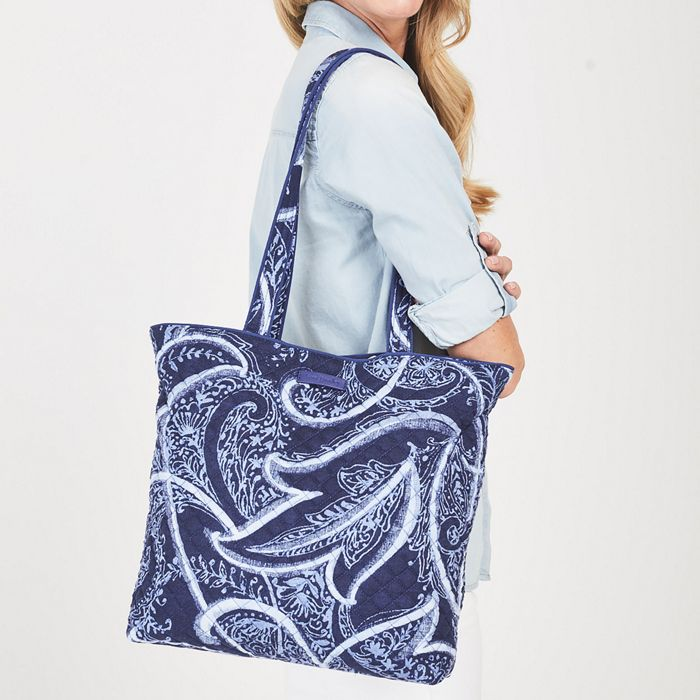 Image Of Iconic Tote Bag In Wildflower Paisley